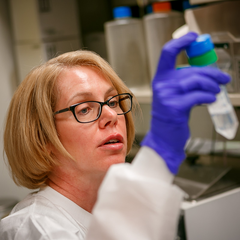 Deborah Baker performing Pulsed-field gel electrophoresis (PFGE) analysis on water samples received during the Legionella invest