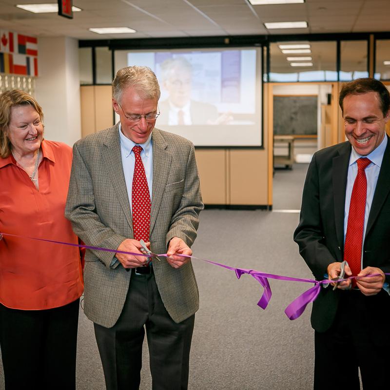 Drs. Jill Taylor, Jon Wolpaw, and Commissioner Howard Zucker cut the ribbon.