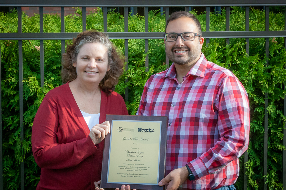 Dr. Christina Egan and Michael Perry with 2019 3Rs Award